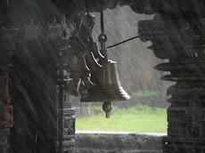 रतनवाडी येथील अमृतेश्वर मंदिर ...