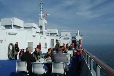 En el ferry, (c) 2009 Chaulafanita