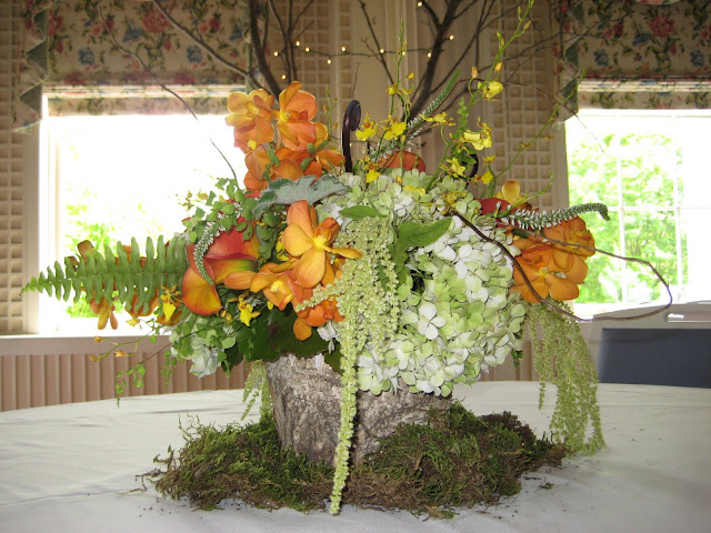 Cooperstown Wedding Flowers & Centerpieces - Otesaga Resort