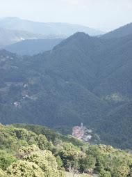 Là nella valle c'è Montereggio http://www.montereggio.it/