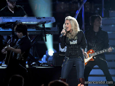 Carrie Underwood Jeans. Carrie Underwood performs