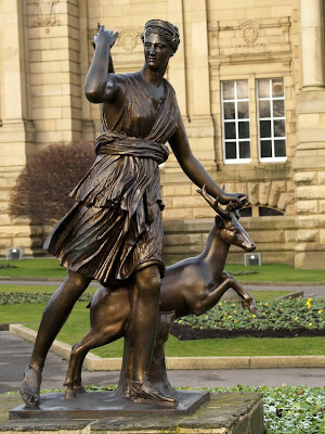 Diana Statue Cartwright Hall Bradford