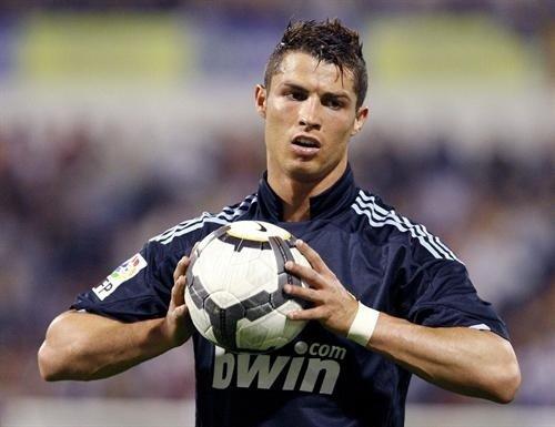 cristiano ronaldo hairstyle 2010. Real Madrid#39;s Cristiano; cristiano ronaldo hairstyle 2010 real madrid. apr home stretch Cristiano; apr home stretch Cristiano