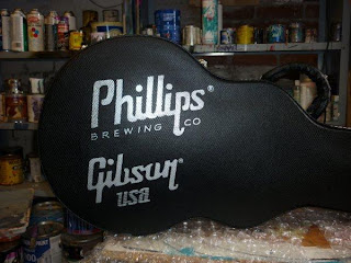 Phillips Brewery gibson guitar case hand painted North America