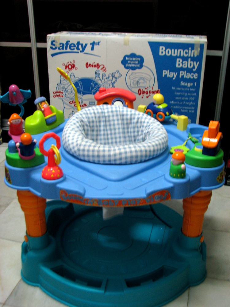 Kiddy parlour sold gallery safety 1st bouncin 39 baby play for Baby play centre