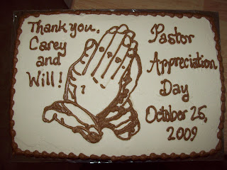 Pastor Day Cakes http://speppycakes.blogspot.com/2009/10/pastor-appreciation-day.html