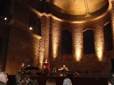 Συναυλία της Μαρίας Φαραντούρη με τoν Zülfü Livaneli στην Αγία Ειρήνη στην Κωνσταντινούπολη