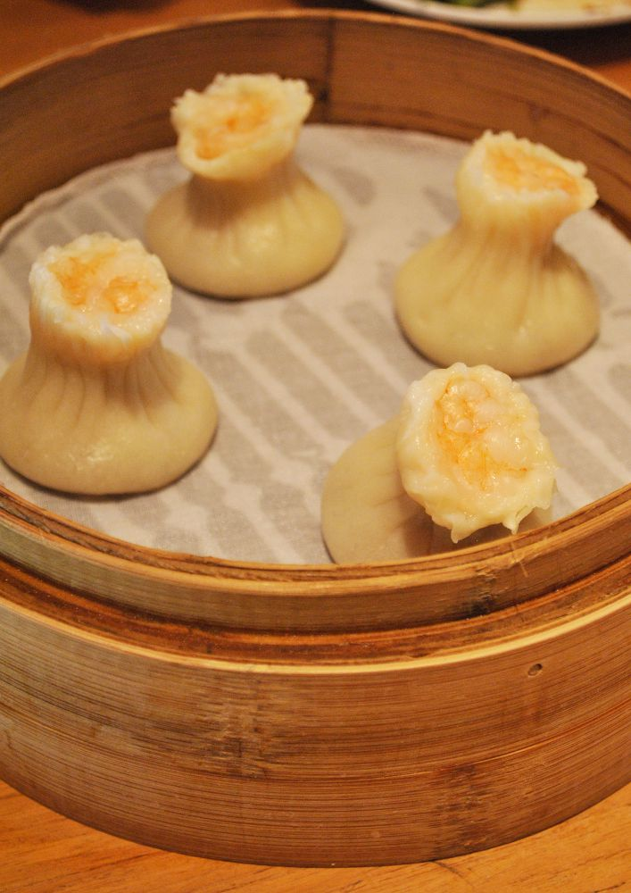 Prawn and pork dumplings looked like cute little mushrooms