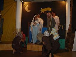 Pastores adoram o bebê Jesus