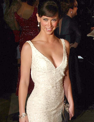 Jennifer Love Hewitt wallpapers news