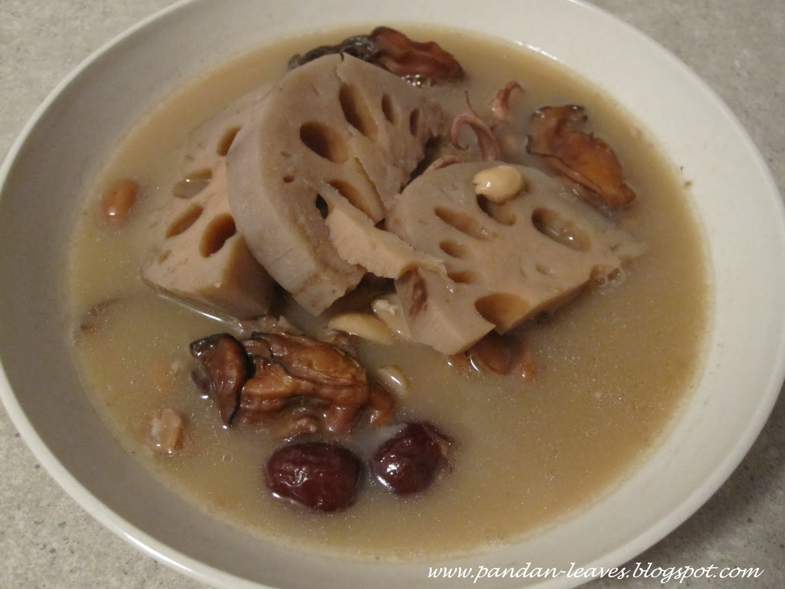 Pandan Leaves: Lotus Root Soup