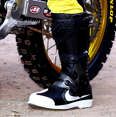 nike 6 0 air mx boot makes its appearance