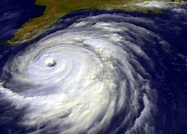 http://1.bp.blogspot.com/_rVgTgYyVOtU/R1CraLvmnWI/AAAAAAAAAAc/I9Kt49uXrVM/s1600-R/tsunami.jpg