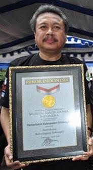 H.Bambang Pudjiono,SH