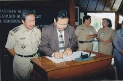 Drs. Gering Supriyadi,MM Bersama Bupati Grobogan H Bambang Pudjiono ,SH