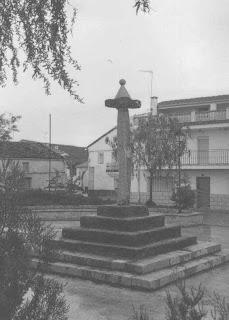 El asesino del tricornio. La interminable represión fascista en Extremadura. Mesas+de+Ibor+++plaza