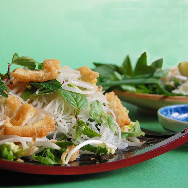 385. Vietnamese Vegetarian Noodle Salad, Bún Chay - Recipe | Kits ...