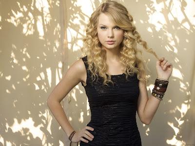 http://1.bp.blogspot.com/_rXR0uf2S87A/TR5Dgf6wWoI/AAAAAAAACfI/UlSHkVaWqWI/s1600/Taylor+Swift.jpg
