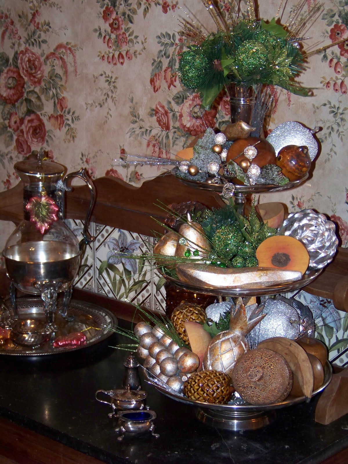 In a couple of days I will put up another post from the Holiday Tables