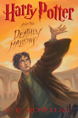 Harry Potter and the Deathly Hallows US front cover art.