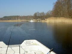 Tidigt fiske... Det var +14 grader nära den bilden togs.. Crazy! +14 och nyfrusen IS (-2 natt)