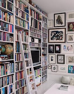 libreria con escalera blanco