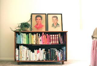 libreria pequeña vintage