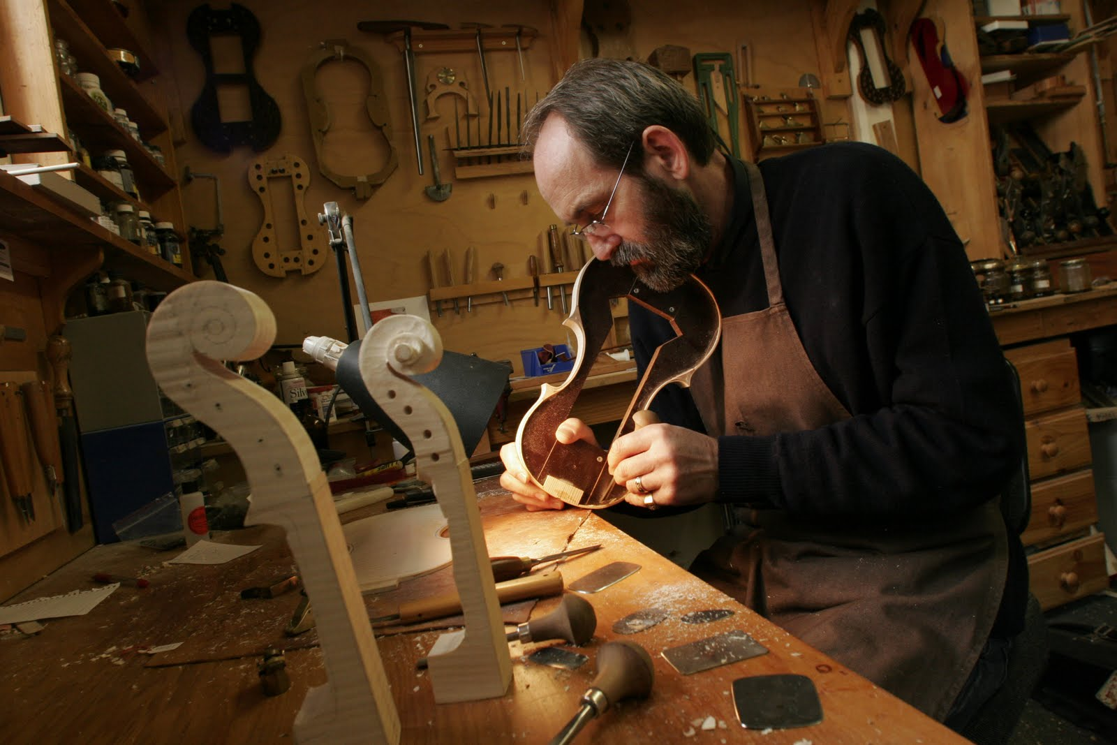 violin making workshop
