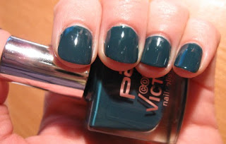 P2 Dangerous Teal Creme Petrol German brand nailswatches