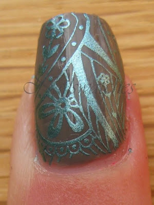 Essie Chinchilly China Glaze Adore and Konad Konadicure imageplate M60 closeup