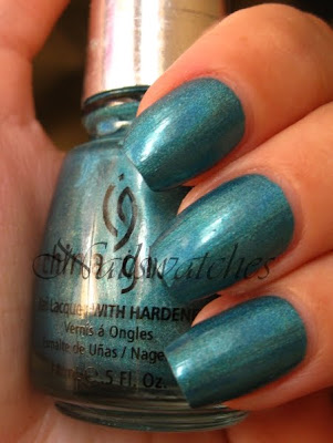 china glaze omg collection holographic DV8 teal