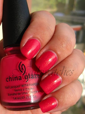 china glaze summer days summer collection 2009 strawberry fields chg pink golden gold glass flecks flecked nail polish nailswatches swatch