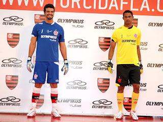 Deus é Flamengo!!!  Bruno aposenta camisa amarela e opta por modelo azul bc4415a4990ac
