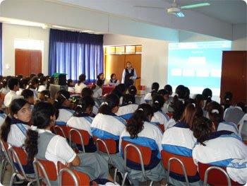 Institución Educativa Particular Los Amautas