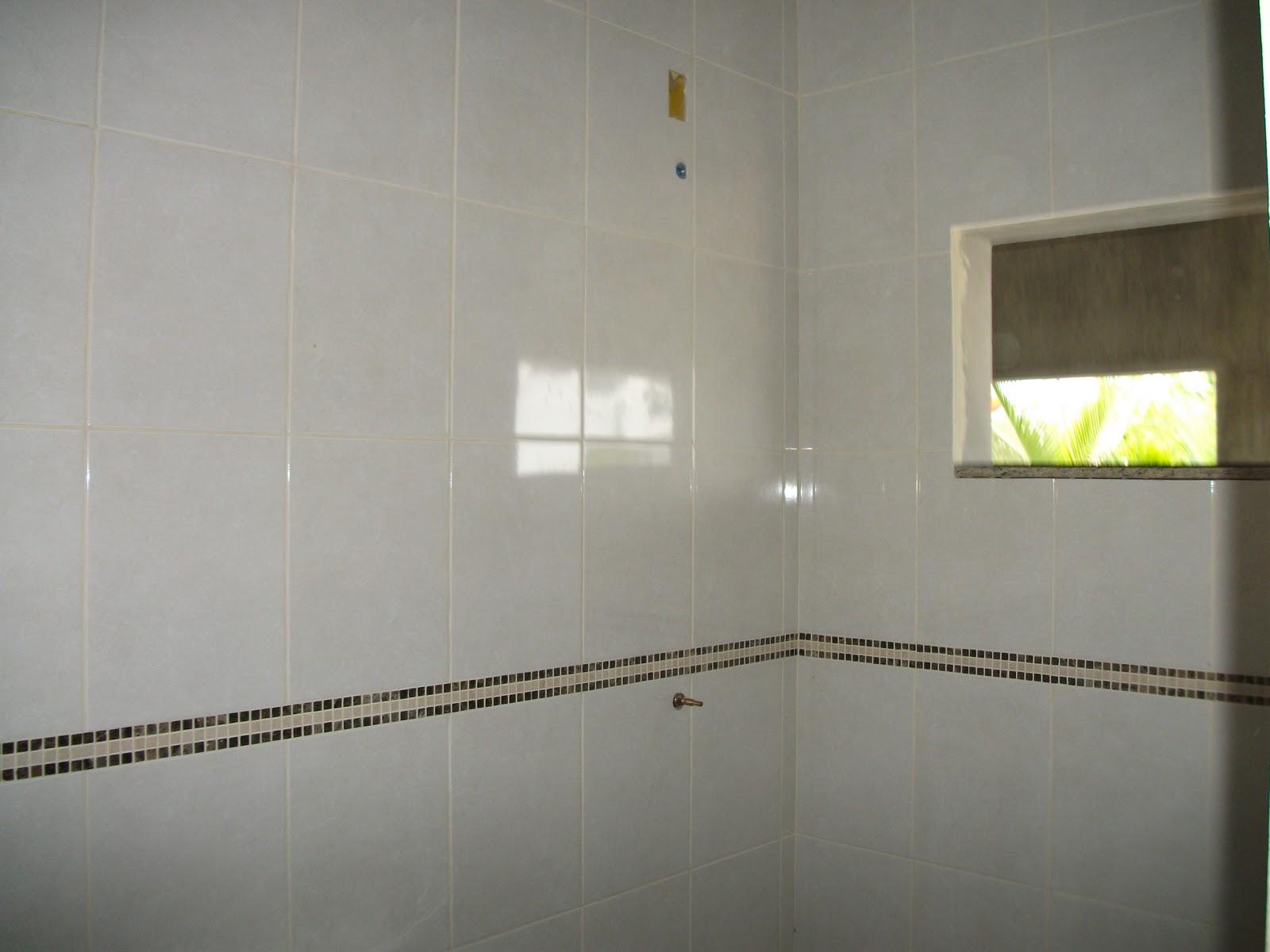 CONSTRUTOR ANDREI GAROPABA SC  : REVESTIMENTO EM PORCELANATO CASA  #A6B912 1600x1200 Banheiro Com Revestimento De Porcelanato