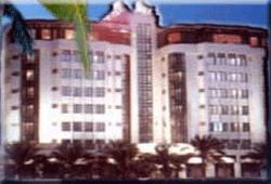 http://1.bp.blogspot.com/_riFlT4b-ePs/SXfiKiep6vI/AAAAAAAAE7w/rhbAFKWomh0/s320/hotelview%2B786%2B-%2B(1).jpg