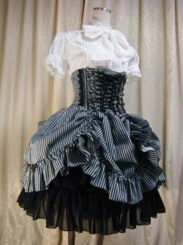 atelier pierrot  gothic lolita brand now has another