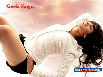 Sonakshi Sinha Hot On Exbii