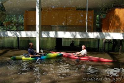 Farnsworth House flood Mies