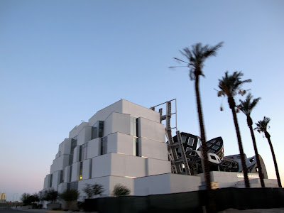 Frank Gehry Las Vegas The Cleveland Clinic Lou Ruvo Center for Brain Health mirage oasis
