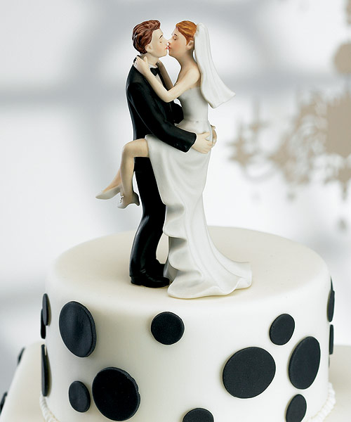 bobbleheads wedding cake toppers