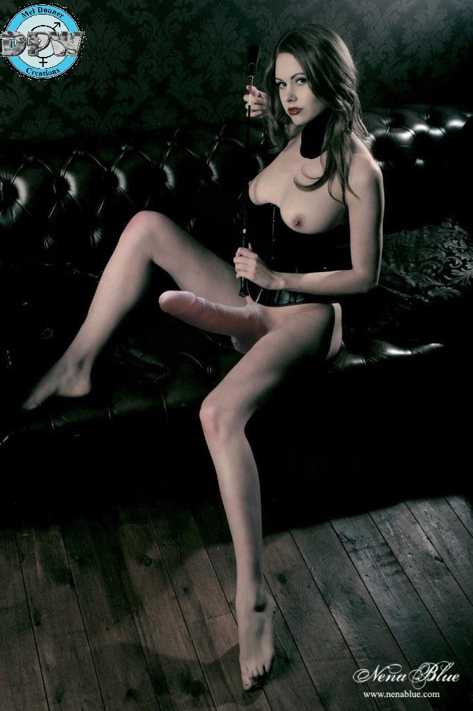 Строгая госпожа ноги 3 фотография
