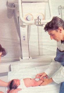 Rx de ambas caderas (F) con rótulas al cenit y protección gonadal