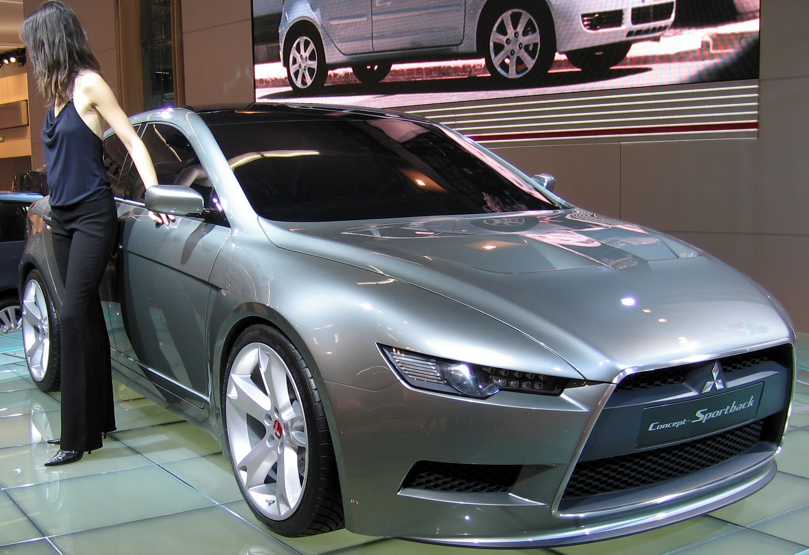 Sport Car Mitsubishi Lancer Wallpapers Picture Images Snaps Photo Gallery