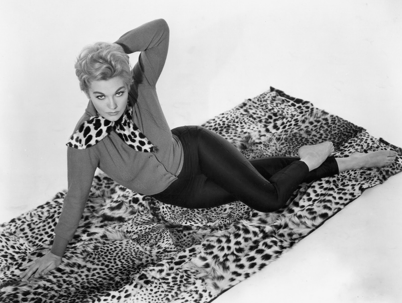 Kim Novak Sweater
