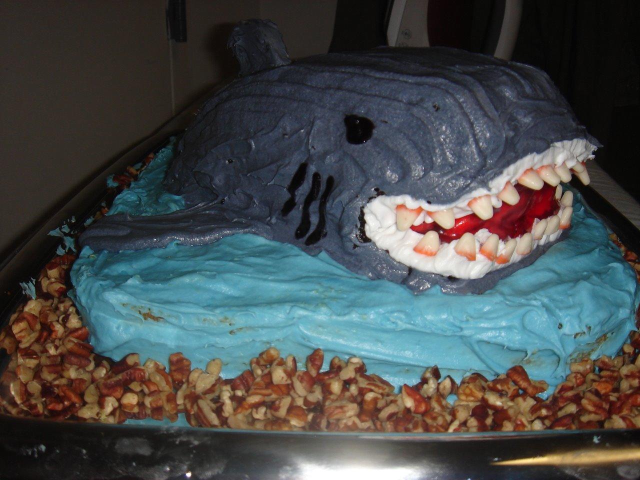 [Shark+Cake]