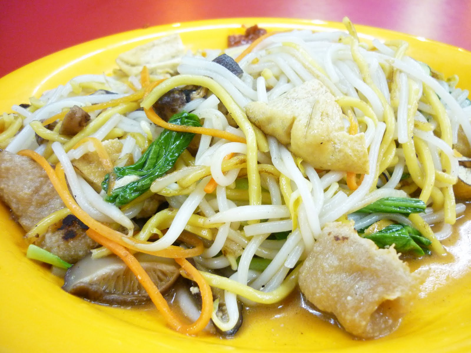 Hungry Ang Mo: KWAN INN VEGETARIAN FOOD - Aljunied
