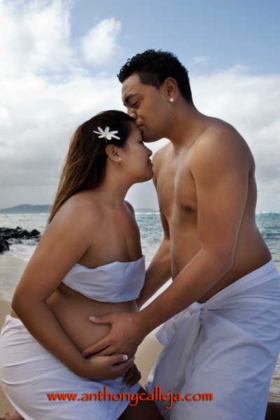 Hawaii Maternity Photography