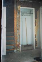 Före bild i vår gamla hall innan tillbygget och på trappan