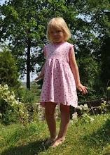 Vikbolandet Östra Husby Design av barnkläder eco tyger bummulstyger m.m sömnad Jenny Hoberg